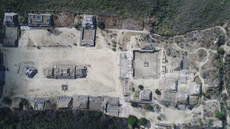 世界遺産モンテアルバンをドローンで空撮