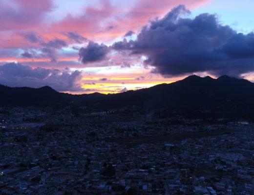 サンクリストバルで2017年最後の夕陽をチパコプターがドローンで空撮