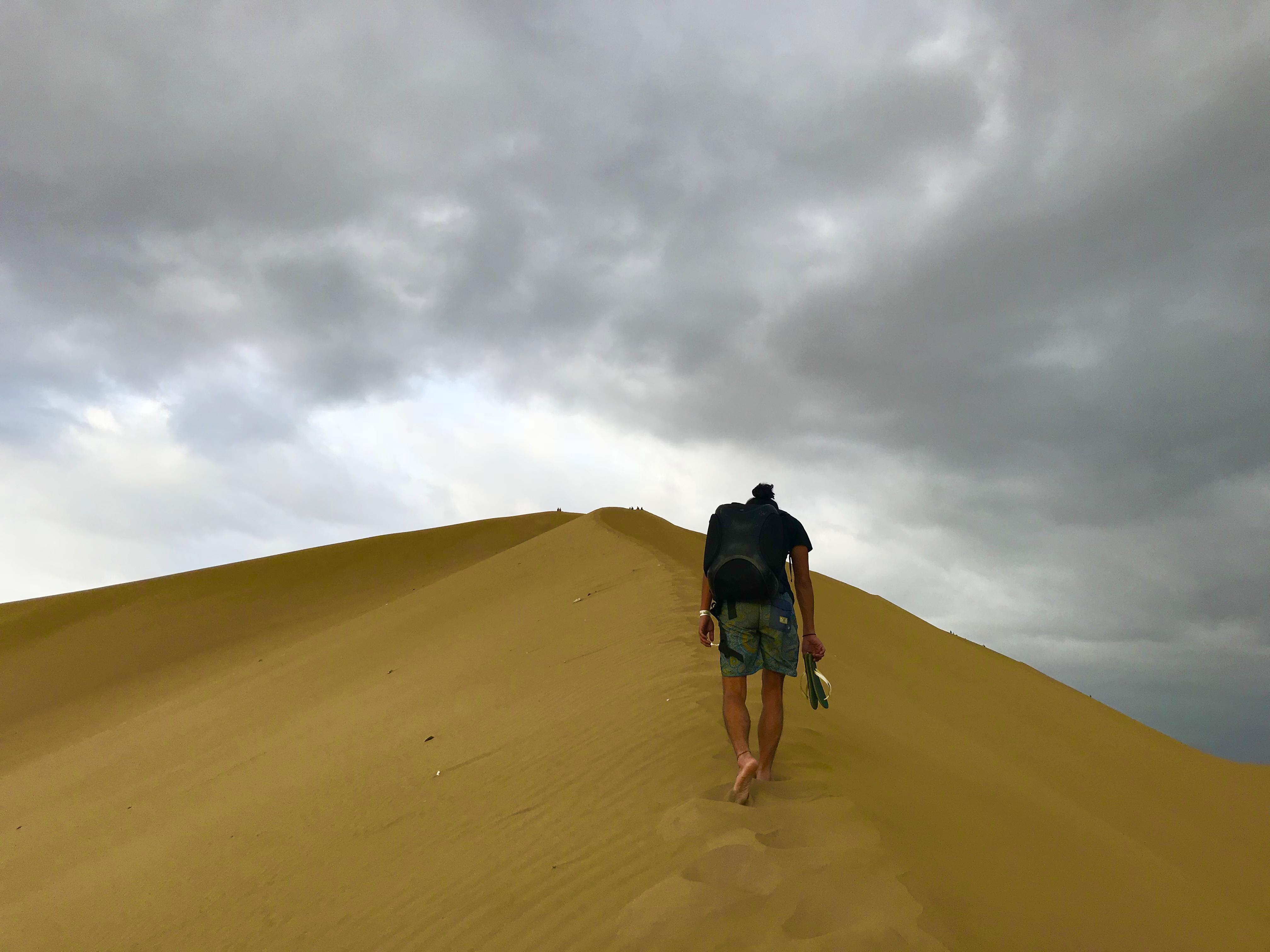 ワカチナで砂漠を登るチパコプター