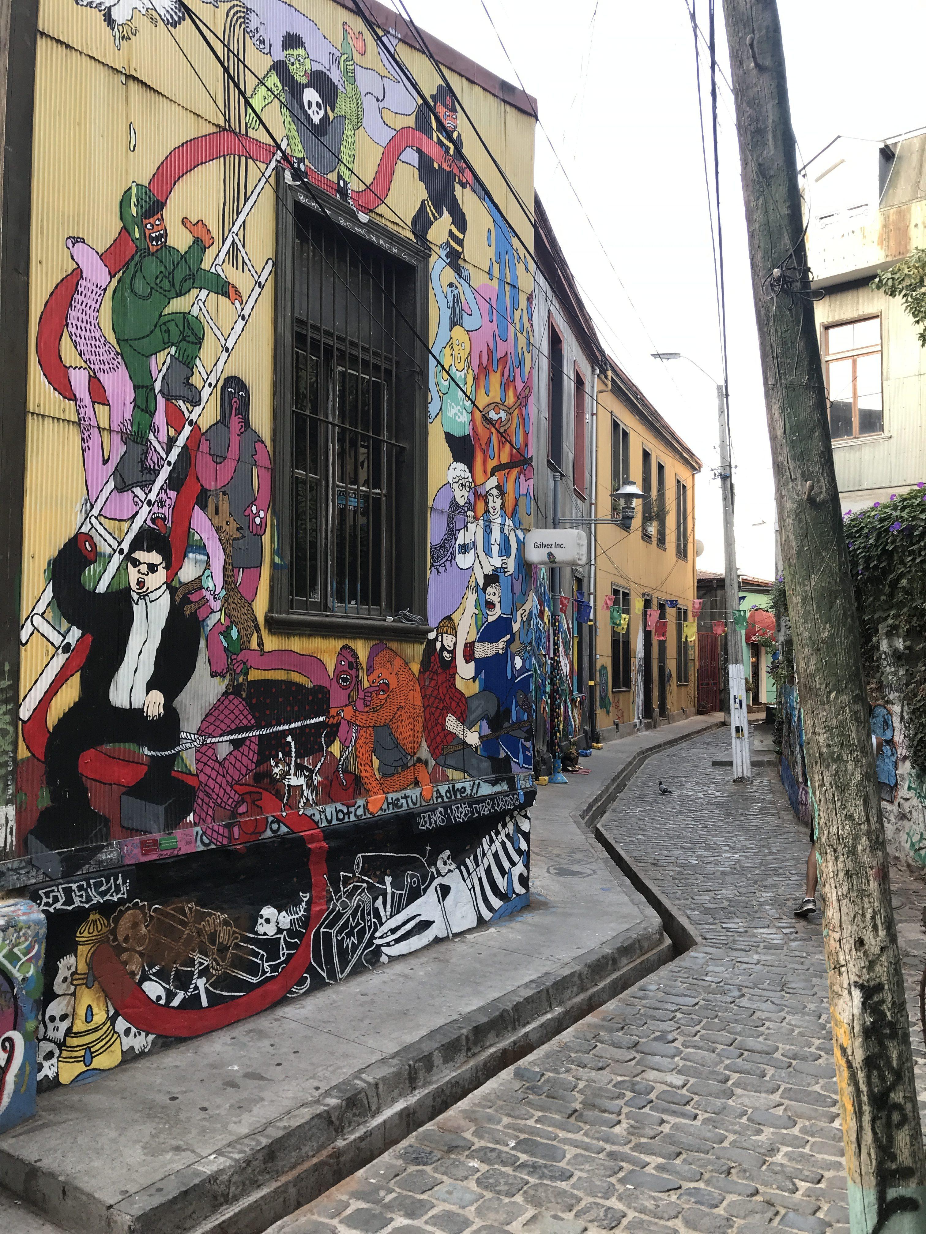 アートな街バルパライソをチパコプターがゆく2