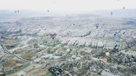 カッパドキアの気球 をドローンで撮るチパコプター